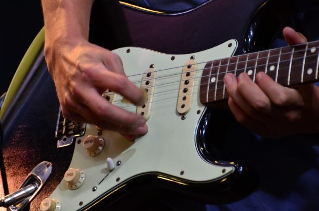 エレキギターの値段の違いとは?みんなが使っている相場はどれくらい?