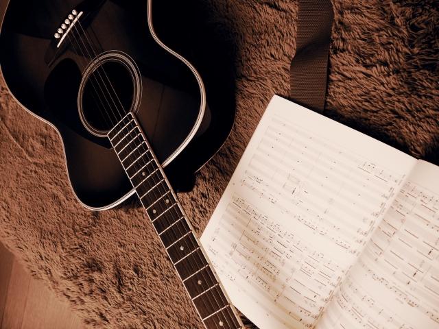 アコースティックギター(初心者)の選び方とおすすめのギターはこれ!